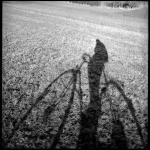 Pfäffingen, der Fotograf fährt Rad 20.2.97/Bild Groebe >>>>>>>>>>>>> SCHMUCKBILD >>>>>>>>>>>>>