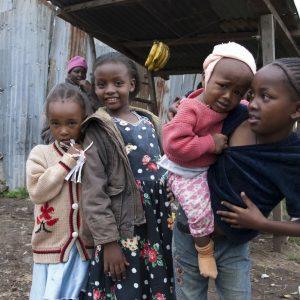 Kinder im Kayole-Slum, Nairobi